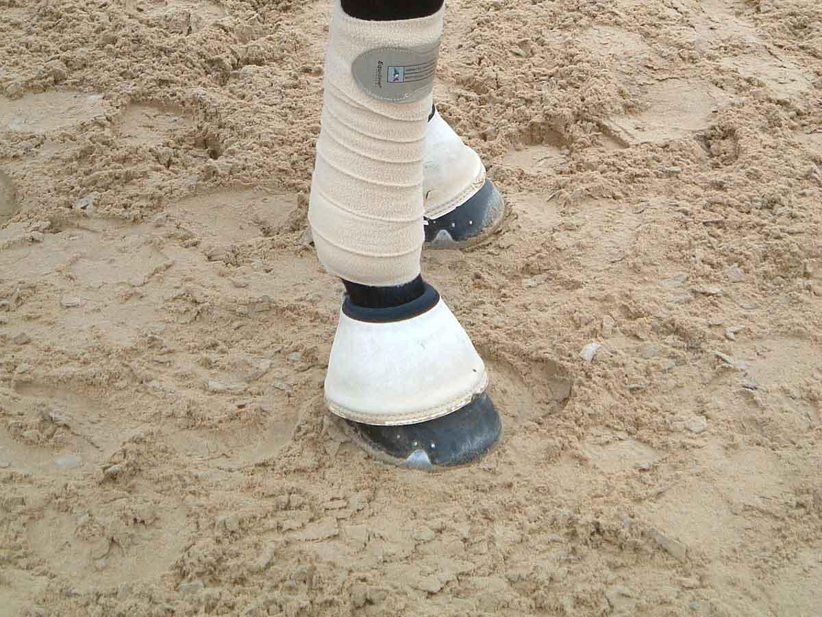 Vlieshäcksel Quarzsand Tretschicht